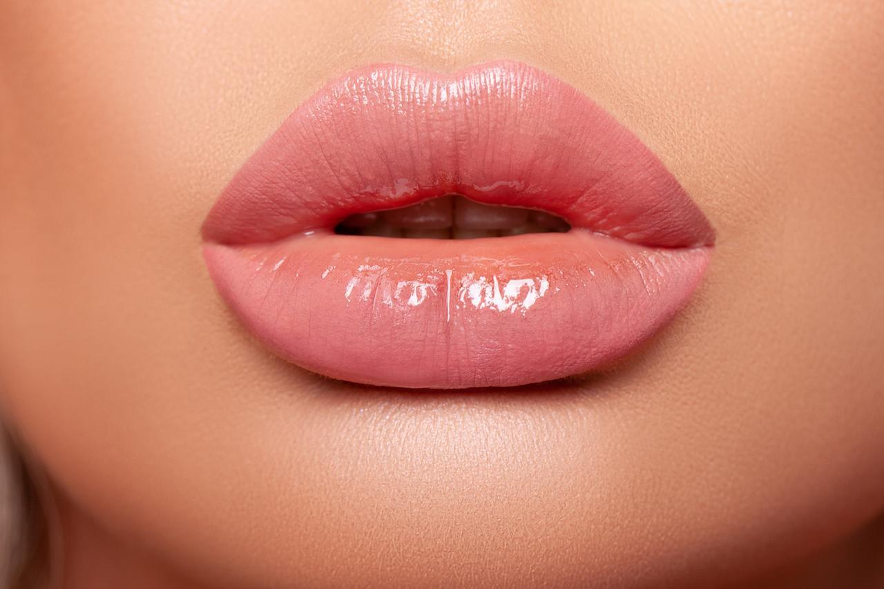 Мечтаете о пухлых чувственных губах