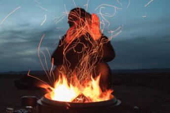 Почему наблюдение за огнем оказывает на человека гипнотический эффект