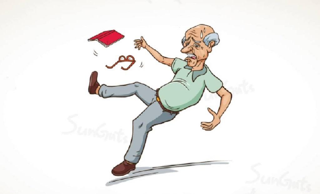 Опасности для пожилых в быту