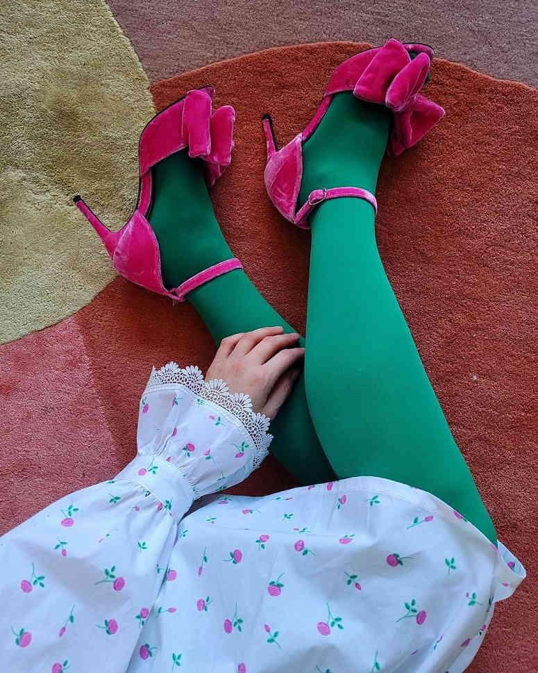 Вы носите бархатные туфли